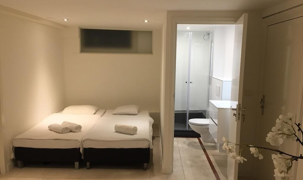 Eco Ams Amsterdam Book Now Save On Accommodation In Amsterdam